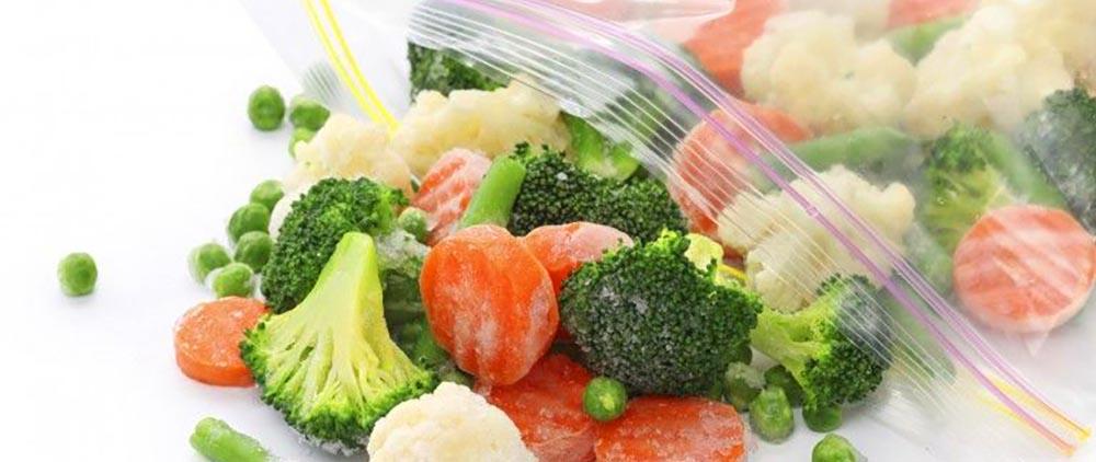 замораживание овощей с использованием пакетов с замком zip-lock